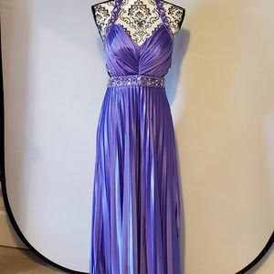 Long Prom Dress   Purple   Beaded   Size 5